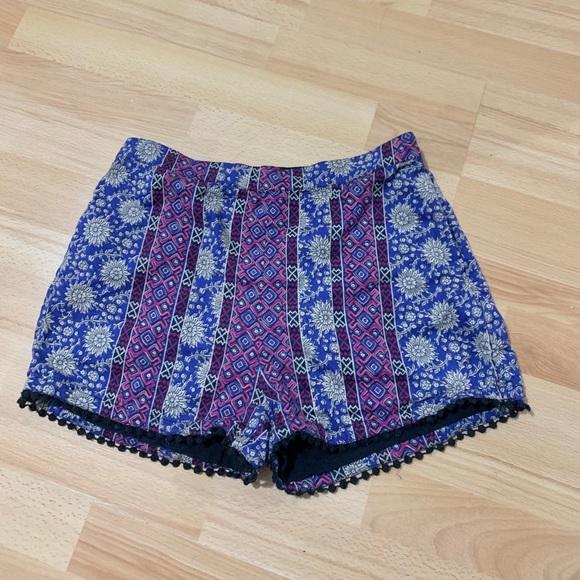 Hollister Bohemian Floral Print Shorts